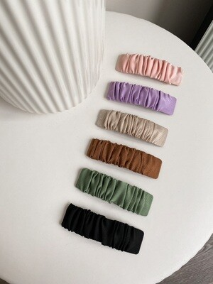 Ruffled Fabric Hair Clips Set