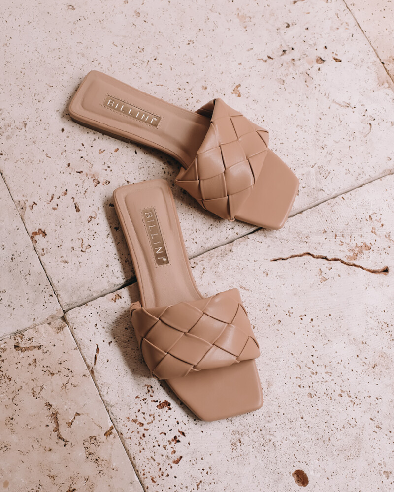 Nude Quilted Slide
