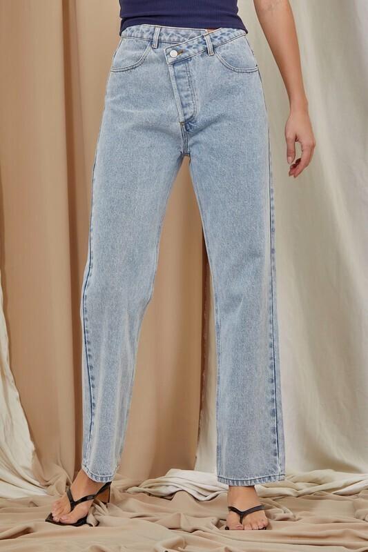 Asymmetrical Mom Jeans