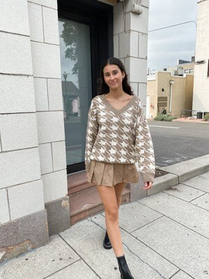 Mocha Houndstooth Thick Sweater