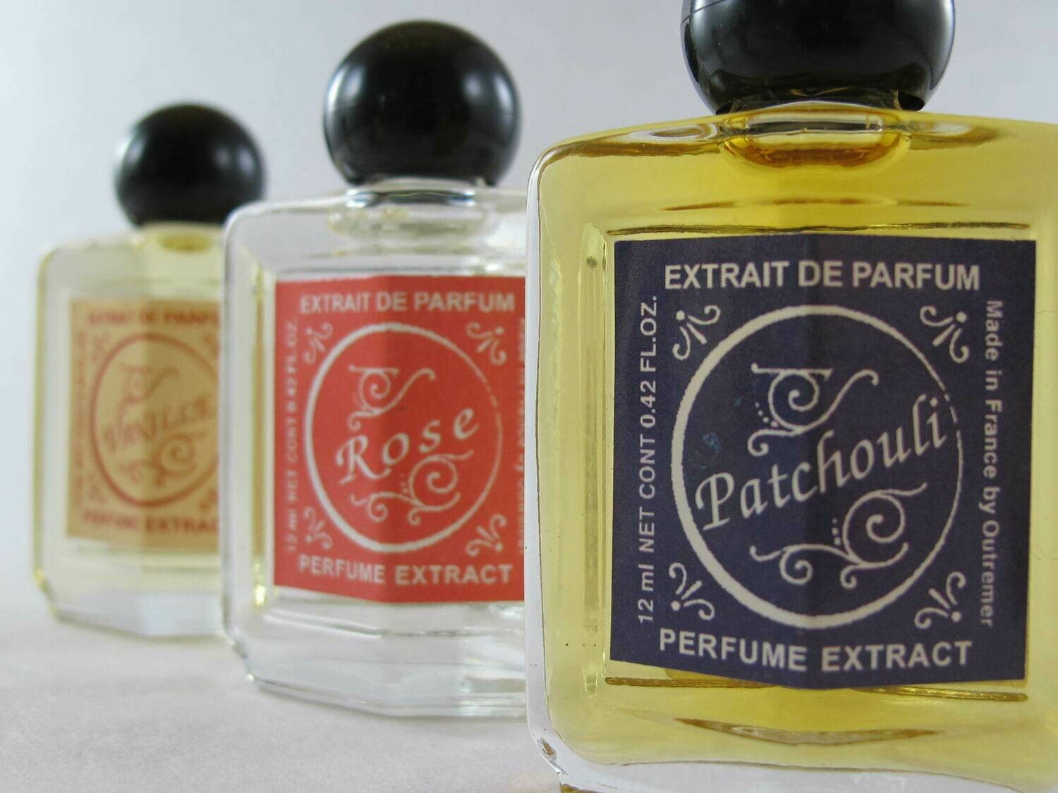 Outremer perfume extract