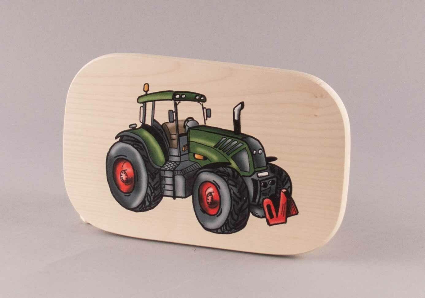 "Brotzeitbrett ""grüner Traktor"" groß, farbig"