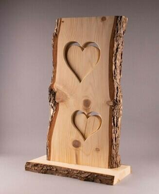 Lärchenholz-Stehle mit 2 Herzen