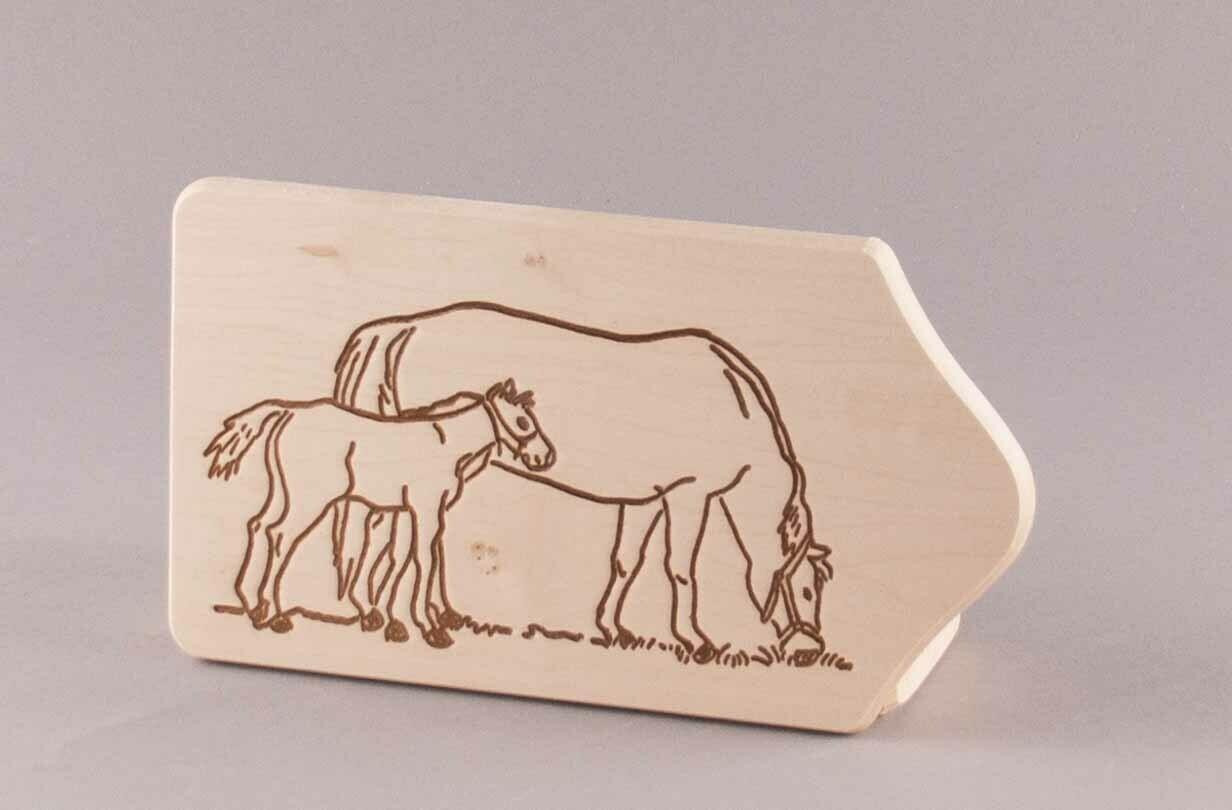 """Brotzeitbrett """"Pferd mit Fohlen"""" klein, natur"""