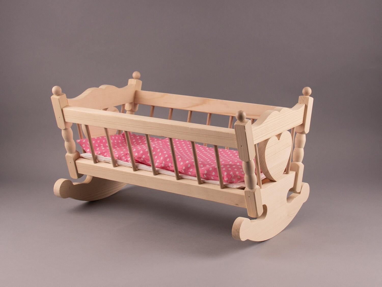 Holz-Puppenwiege mit Decke