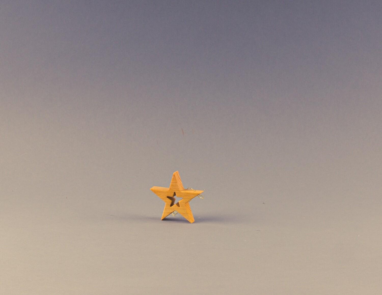 geölte Sterne zum Aufhängen