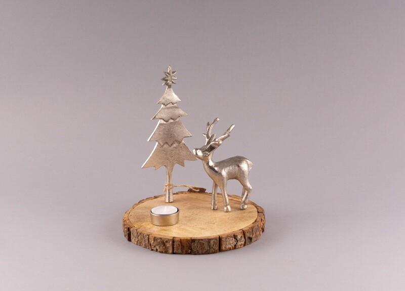 Holzscheibe mit Hirsch und Teelicht