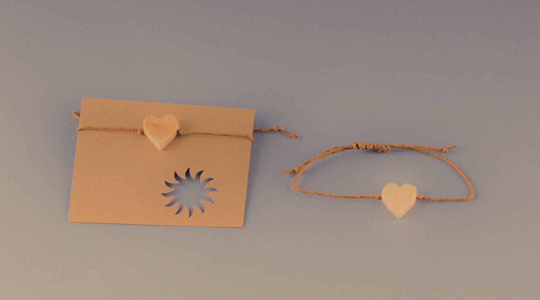 Armband mit Holz-Herz
