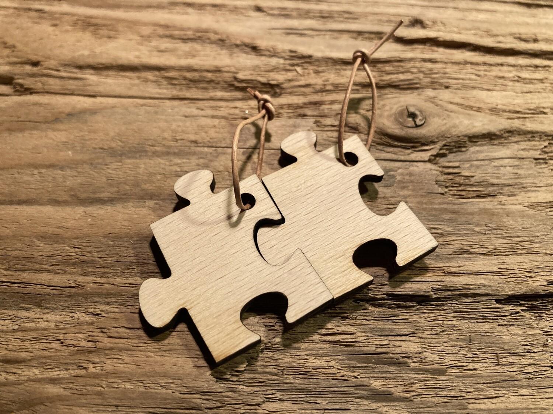 """Schlüsselanhänger """"Puzzle-Teil"""" mit Lederband, Stückpreis"""