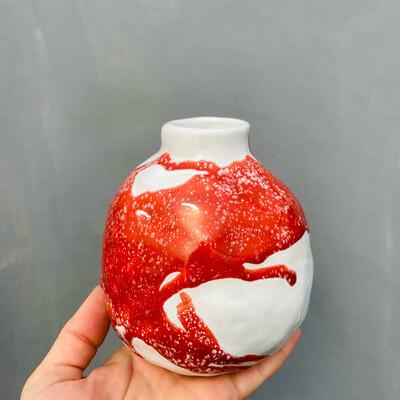 Vază Alb-Roșu