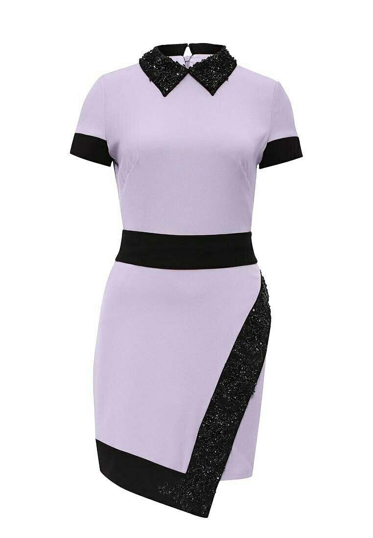 Фиолетовое платье с черным воротником