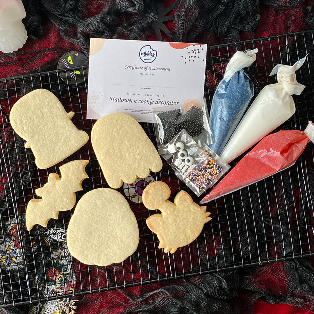 Halloween Decorate Yourself Kit