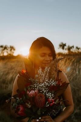 Floral Arrangement / Posy ~ Large