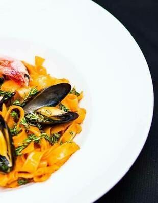 Папарделли с морепродуктами, 250 гр.