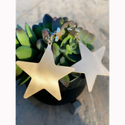 HANG WITH THE STARS EARRINGS