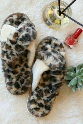 YOU KEEP ME WARM SLIPPERS