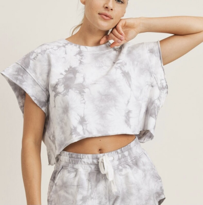 IT'S DO OR DYE CROPPED TOP