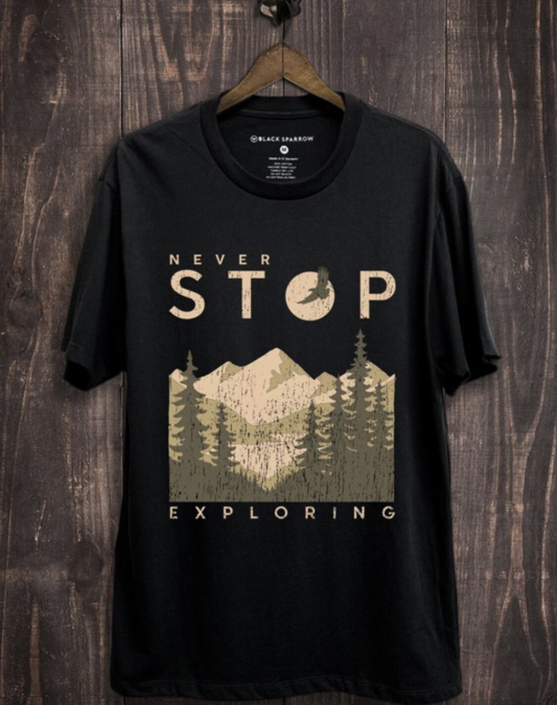 NEVER STOP EXPLORING GRAPHIC TEE