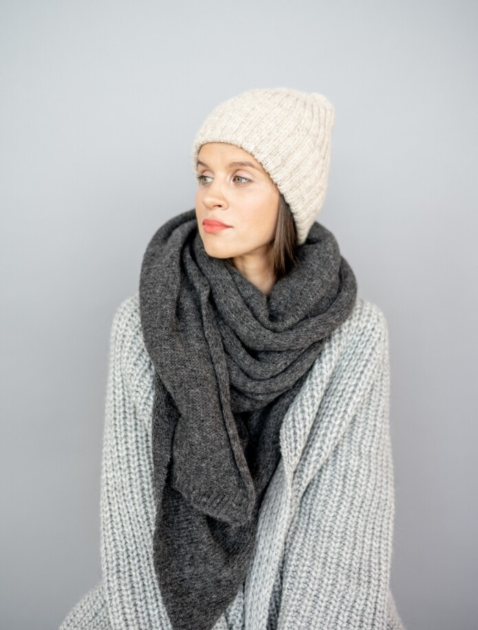 LONG CLASSIC ALPACA WOOL SHAWL, Dark Grey