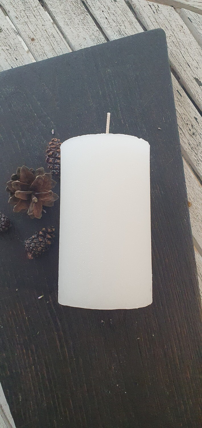 "Candle ""Rustic"" White, 12cm"
