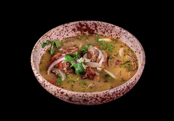 Пряный суп из баранины конфи