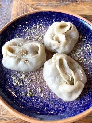 Манты с грибами