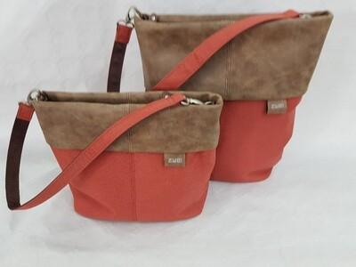 Handtaschen in 2 Grössen