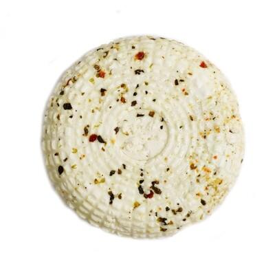 """Сыр мягкий """"Сельский"""" 50% с итальянскими травами"""