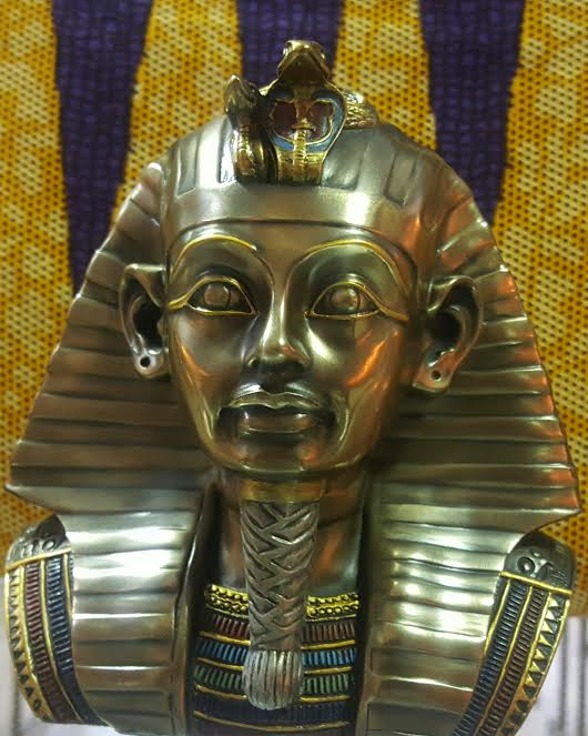 King (Pharaoh)  Tut of Ancient Kemet 8 inch Bronze Bust Statue
