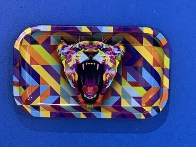 Puff Puff Pass Lioness Medium Rolling Tray