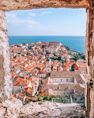 Window to Dubrovnik