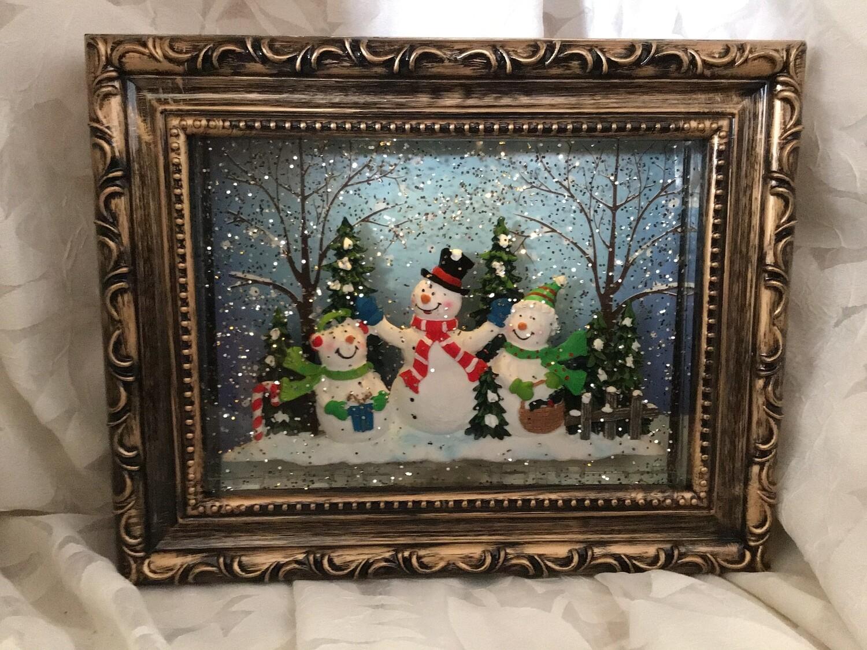 Snowman Family Frame Snowglobe