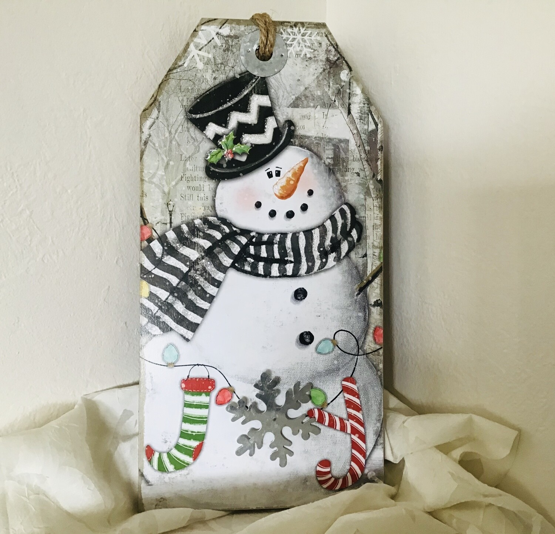 Large Snowman Tag