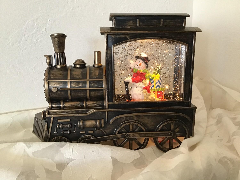 Train Show Globe