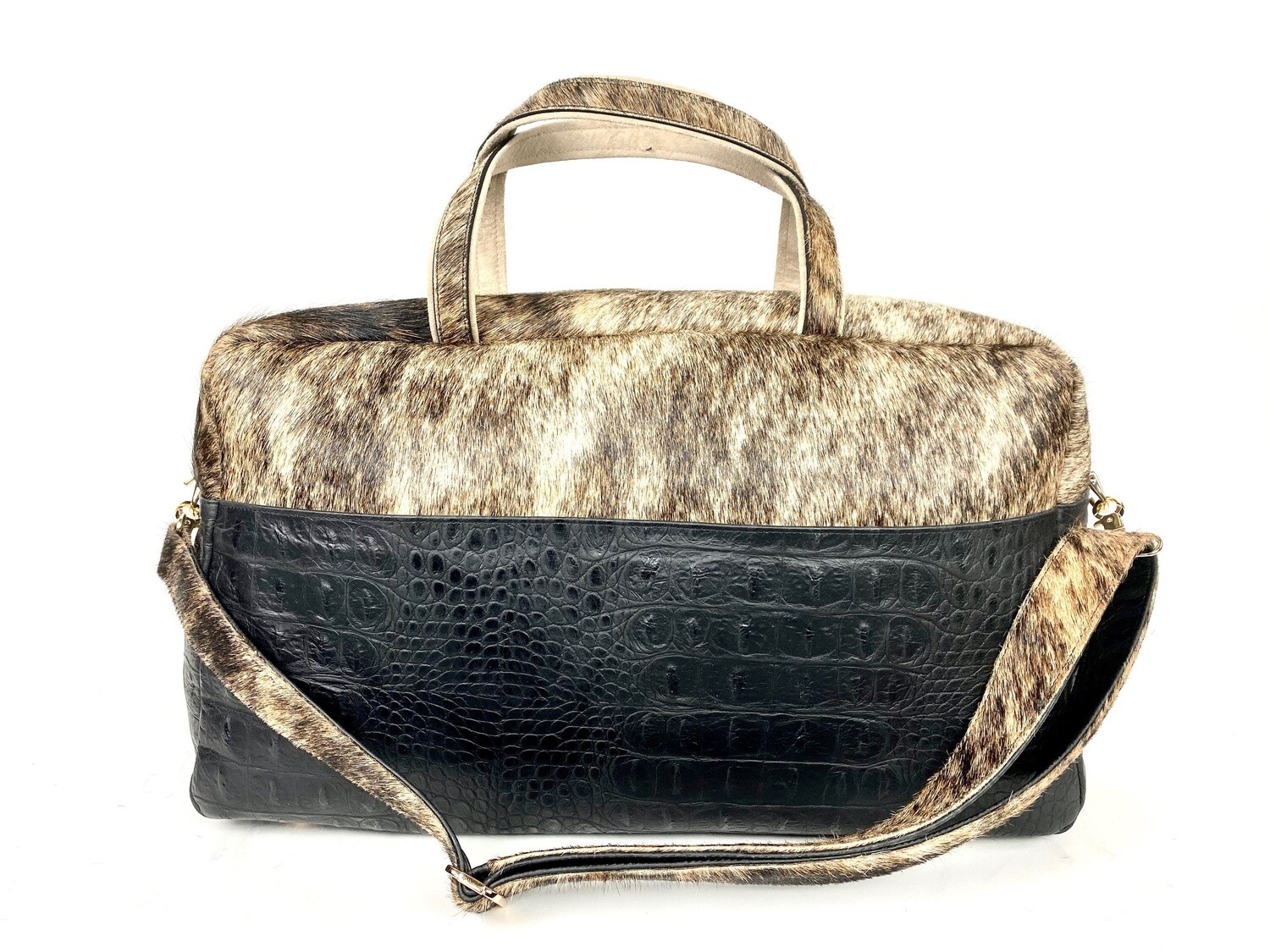Gold Cow Hide Hornback Weekender