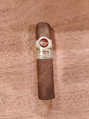 Padron 1964 Hermoso Maduro  Cigar
