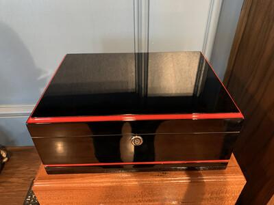 Visol Black w/ Red Trim 50ct Humidor