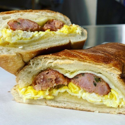 Paisa Sandwich- Chorizo colombiano / Egg /Cheese
