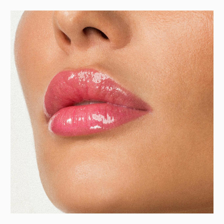 Антивозрастной блеск для губ тон 324 Yummy Plummy