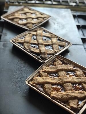Crostata di albicocca con farina  di farro integrale macinata a pietra