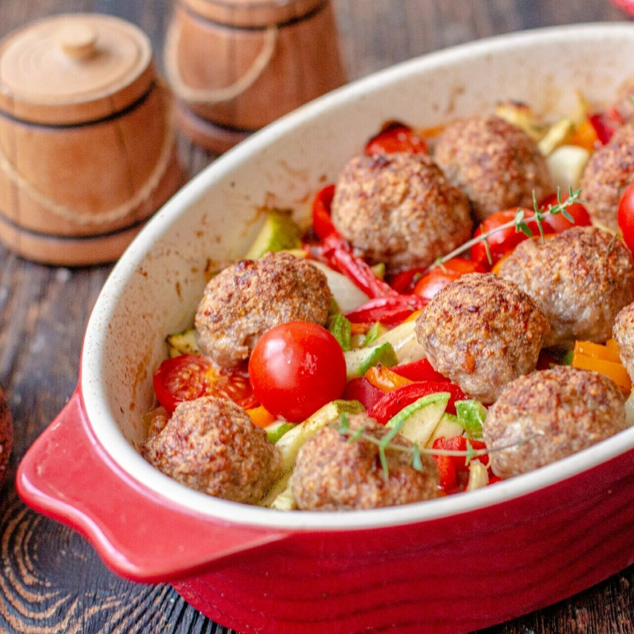 MEATBALLS WITH RICE (CHICKEN)