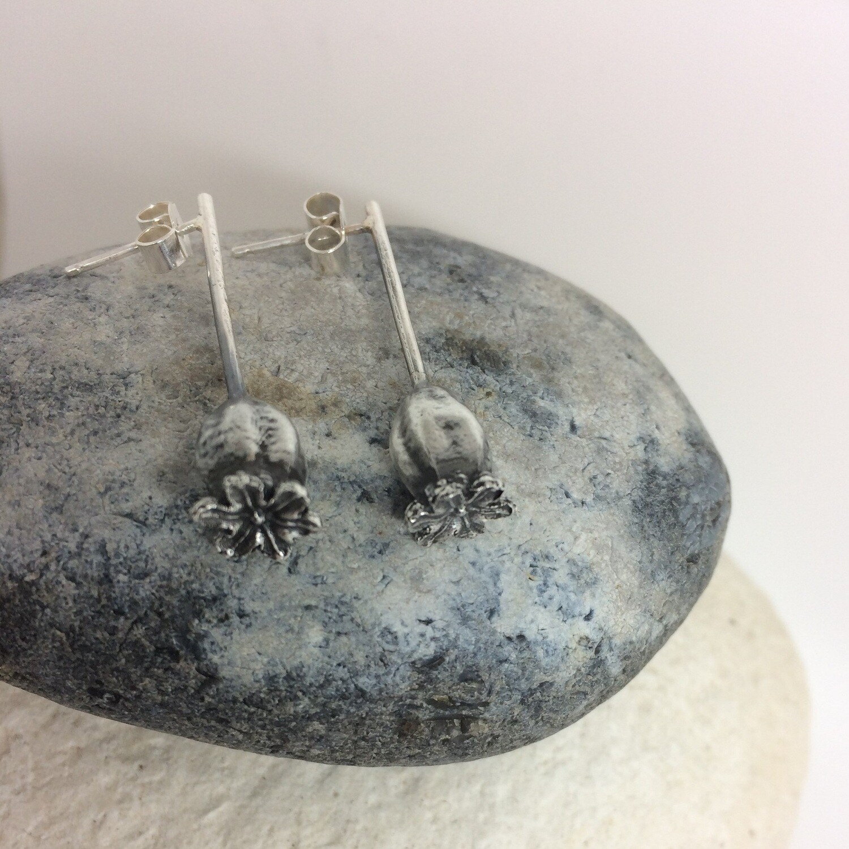 Medium poppy pendant and earrings gift set