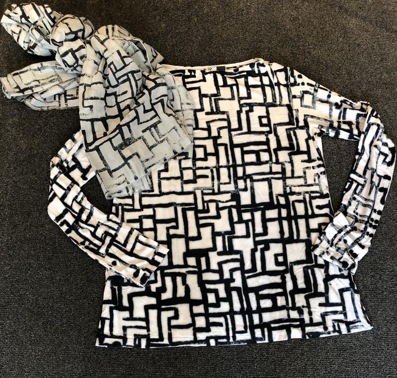 Annie Turbin Black And White Circuit Tshirt