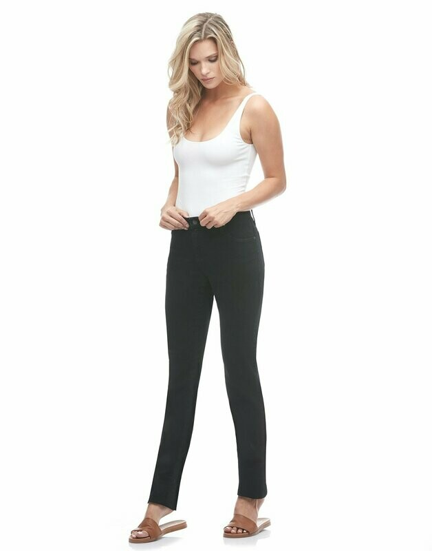Yoga Jeans Straight in Black