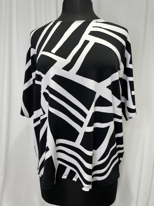 Clara Sun Woo Black and White Geometric Top