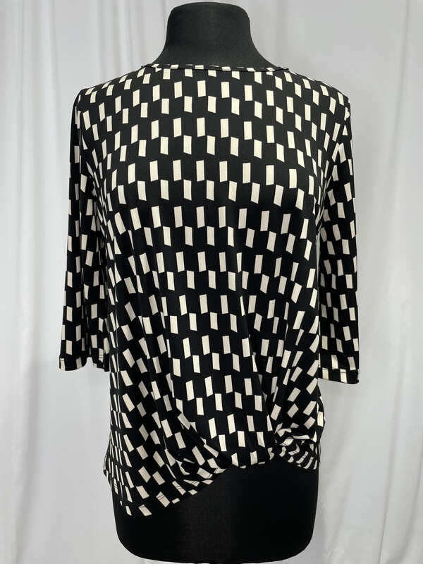 Clara Sun Woo Black and White Checkered Knot Hem Top