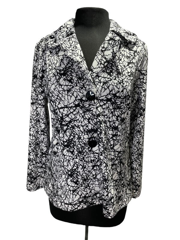 Andria Lieu Maggie Jacket Black/White  Web Print