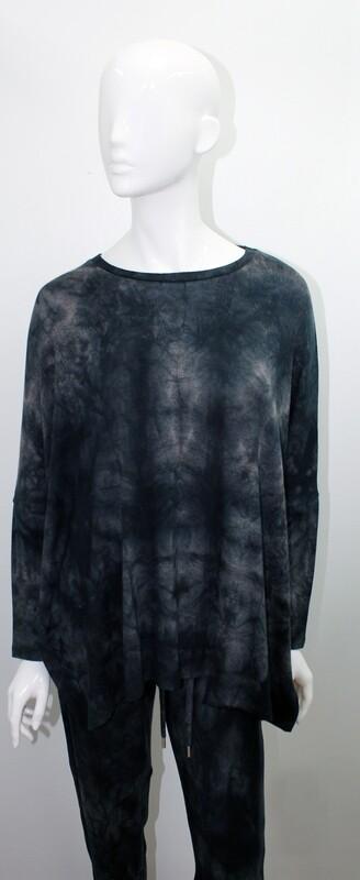 French Kiss Oversized Crew Onyx Sweatshirt