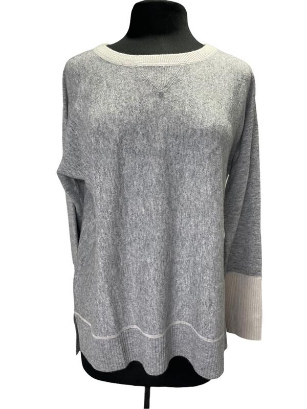 Kinross Cashmere Gray Crewneck Sweater