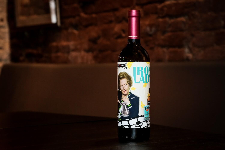 Фирменный бутылированый коктейль Iron Lady  (0,75)